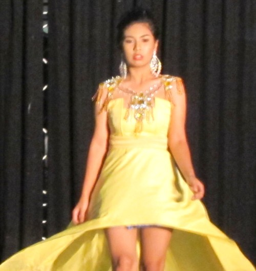sm fashion show02291230