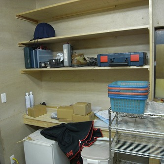 機械搬入22 工作室の棚2