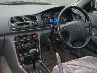 アコードワゴン 運転席