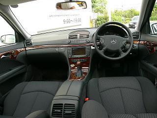 E240ステーションワゴン 運転席