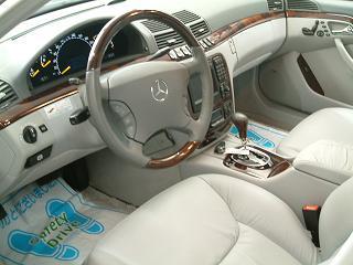 メルセデスベンツ S500 運転席