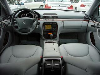 メルセデスベンツ S320 運転席