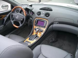 メルセデスベンツ SL350 運転席