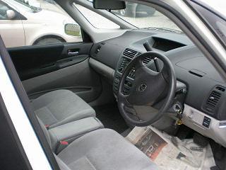 オーパ 運転席