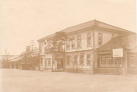 修斉小学校古写真