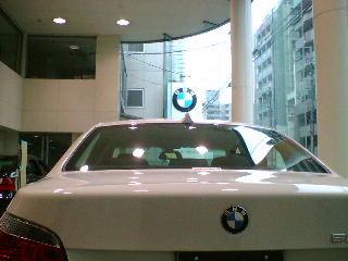 BMWディーラー