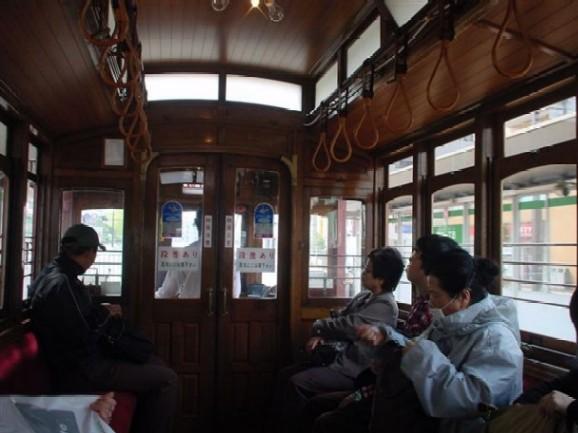 レトロ電車・車内01