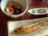 鮎の甘露煮・うるか(鮎の内臓の塩辛)・湯葉と海老の炊合せ