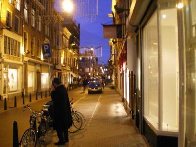 アムスの夜の街並み