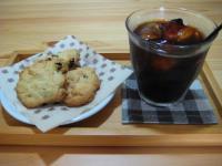 カントリークッキーとアイスコーヒー