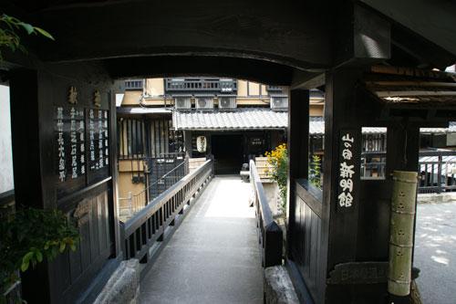 2011081533.jpg