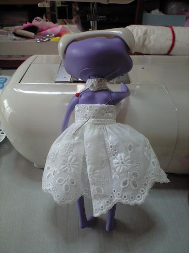 11ワンダホルターネックのサマードレス、後ろCA391513[1]