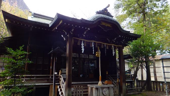 飯倉八幡の拝殿