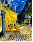 夜のカフェ