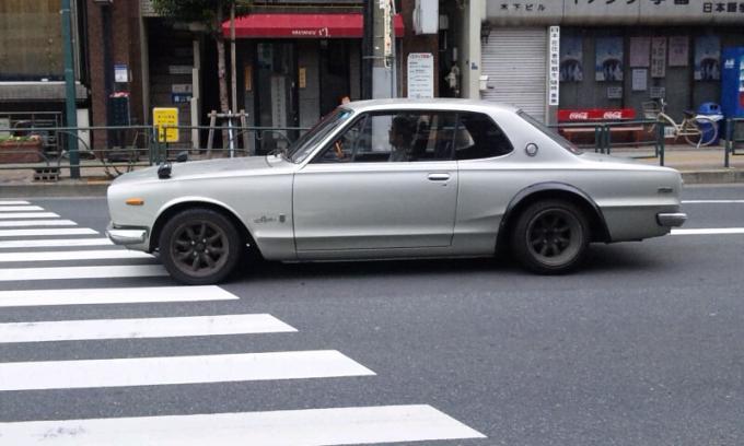 SKYLINE 2000 GT-R_20110505