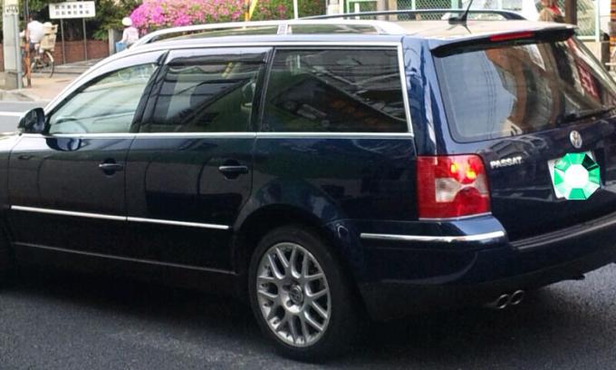 VW PASSAT_20110509