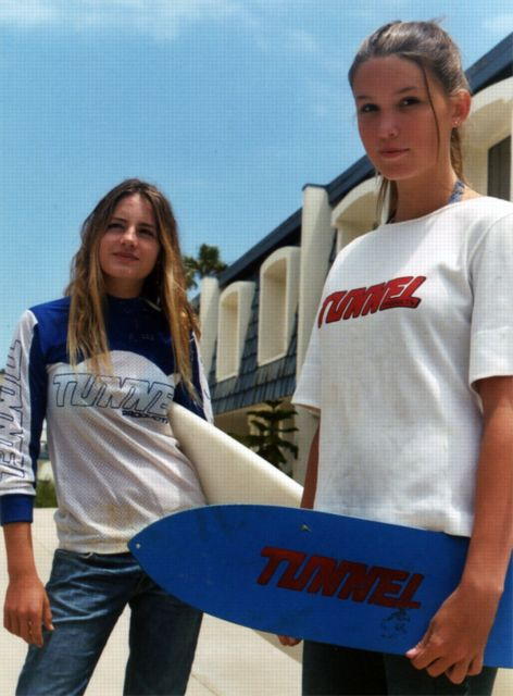 tunnel-girls472x640[1]