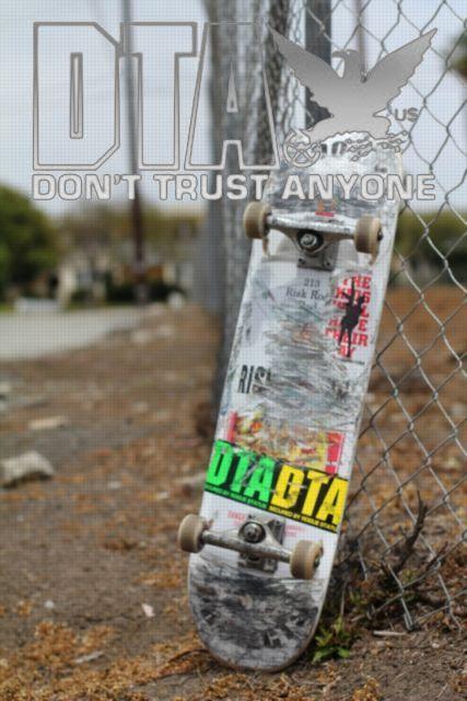 DTA SK8deck pop b 427x640