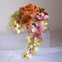 ベルベットローズと紫陽花の手作りコサージュ