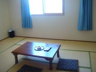 見晴荘部屋2
