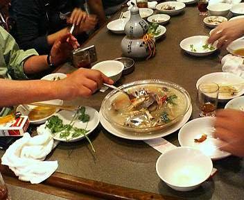 マテ貝と春雨のスープ
