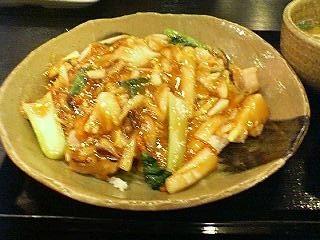 五味八珍の中華丼