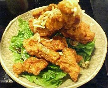 五味八珍の油淋鶏