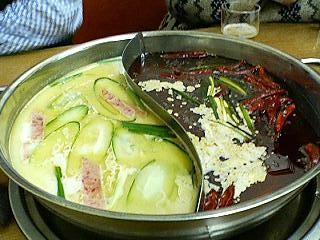 華隆餐館の火鍋