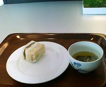 ANAラウンジのサンドイッチ