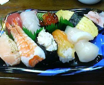 スーパーのにぎり寿司