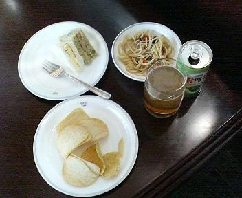 仁川空港アシアナ航空ラウンジのサラダバー
