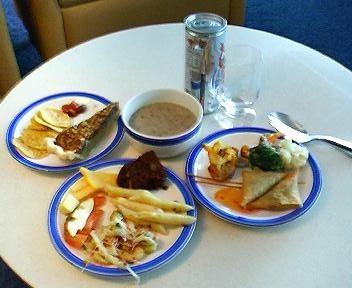 仁川空港シンガポール航空ラウンジの軽食