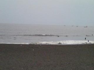 6月24日、辻堂の波