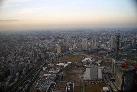 横浜駅方向