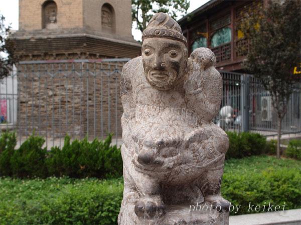 唐風の彫刻