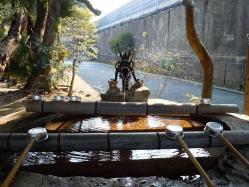 DSCN5994戸上神社  手水舎