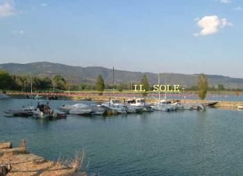 トラジメーノ湖