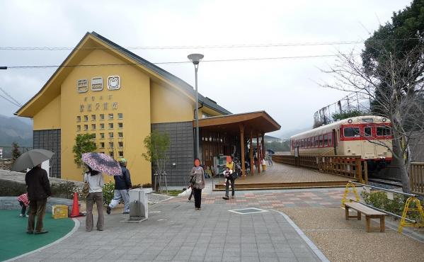 初めてのバンガロー体験2011-35-有田鉄道交流館 02