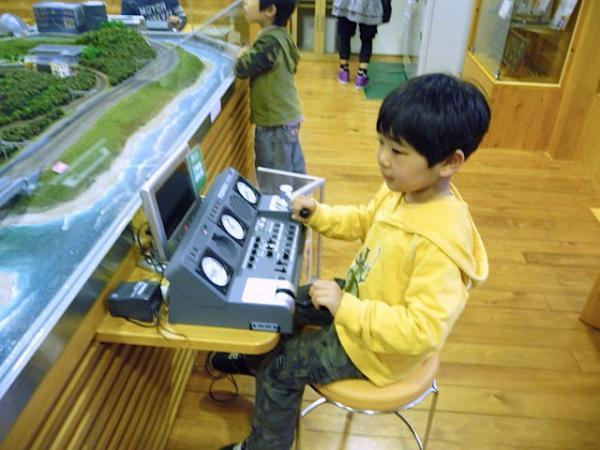 初めてのバンガロー体験2011-35-有田鉄道交流館47