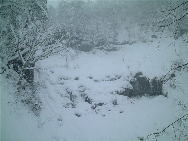 美笛の滝 全景