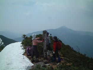 ピンネシリから見るアポイ岳