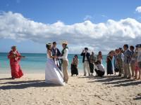 ラニカイビーチで挙式