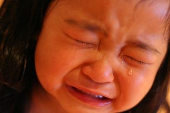 そこまで泣かなくても…