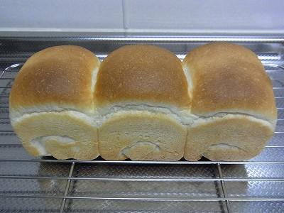 牛乳ミニ食パン