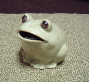 カエル貯金箱