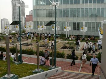 JR大阪駅天空の農園05