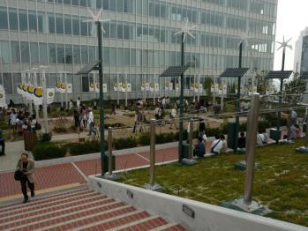 JR大阪駅天空の農園06