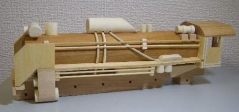 木製SL組立キットD51蒸気機関車4