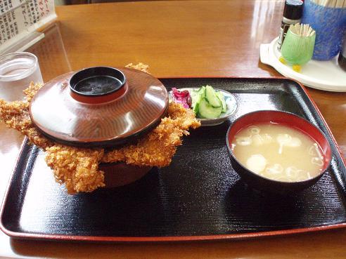 ニコニコ亭ソースカツ丼。