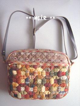 オザークタイルのバッグ1